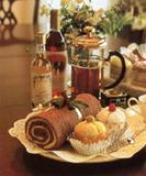 タオルケーキ:ベーカリークラブ:タオルで出来たプチケーキ、マフィンやワインソープセット